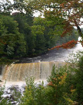 Upper Tahquamenon Falls